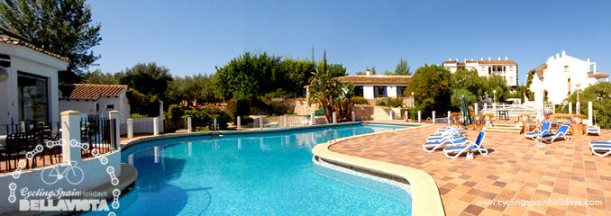 terrace pool bar